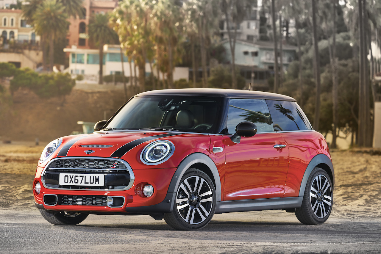 2018 Mini 3 & 5 door launched along with Convertible
