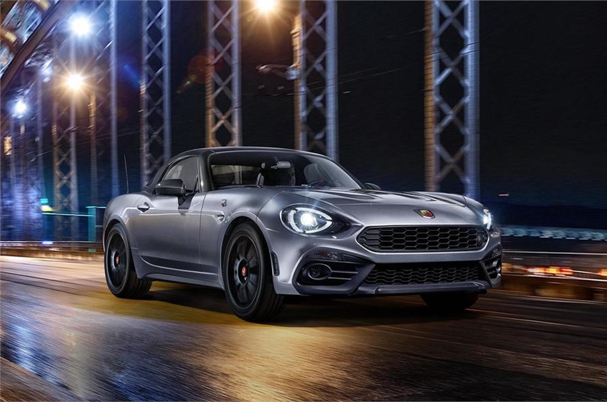 Fiat unveils its new Abarth 124 Gt with hard top