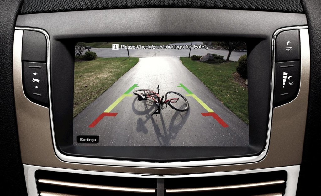 Ford Focus Gets New Ornaments _ Reverse Cameras