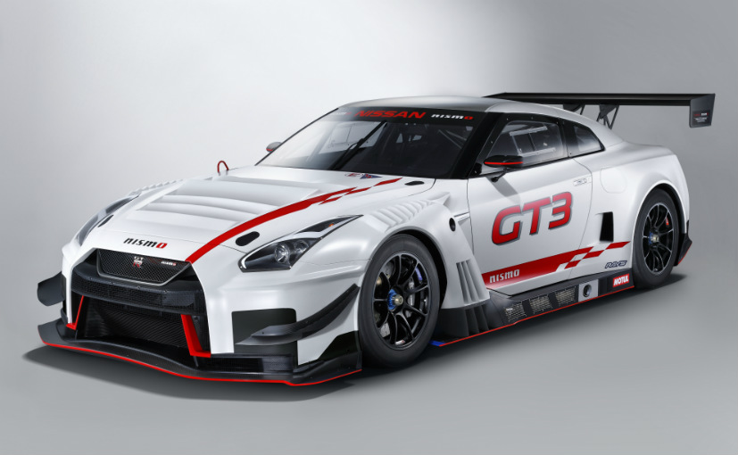 Latest Racecar in the Pit _ 2018 Nissan GT-R Nismo GT3