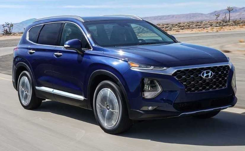 The New Hyundai Santa Fe Has Made Its Debut In The New York Motor Show 2.._