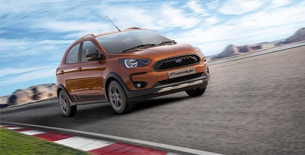 Ford Freestyle On Racing Track