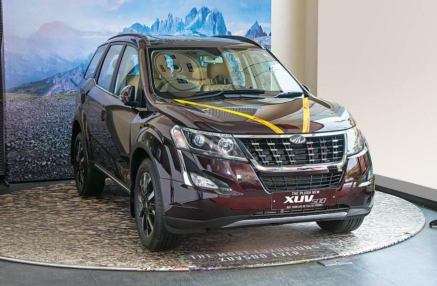 Ibb Blog Mahindra Xuv500 Facelift Top Variant Gathers Highest Demand