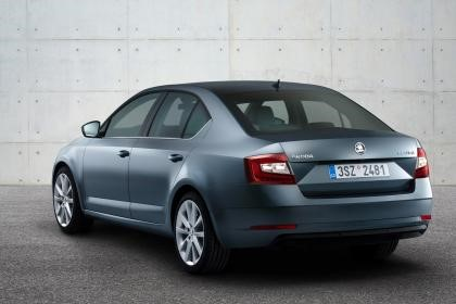 New Skoda Octavia 2017 Rear view