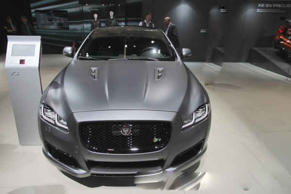 Next-Gen Jaguar XJ Promises More Cabin Space & New Technology